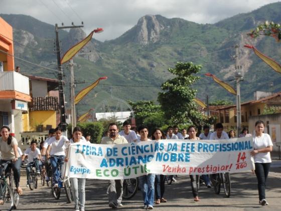 Desfile de Divulgação I Feira de Ciências